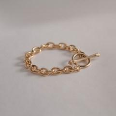 ARb00200_Bold Chain Bracelet
