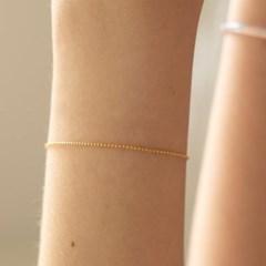 ARb00800_Basic Bracelet
