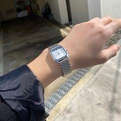 스퀘어 빈티지 레트로 메탈 손목 시계 2color