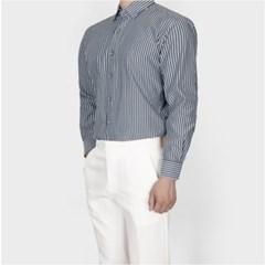 남자 깔끔한 도시남자 감각적인 핏좋은 스트라이프 셔츠