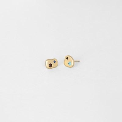 [쥬디앤폴] 핀투라 컬러 팔레트 무광 옐로우 골드 귀걸이 E51827