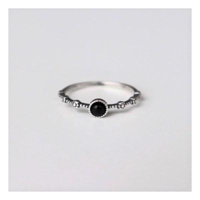 [Silver925] Flower dot onyx ring_(1543644)