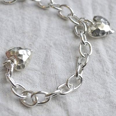 bold chain b. double heart