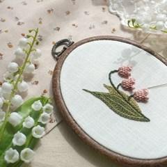 블랑주니 프랑스자수 클래스 - 은방울꽃 (꽃자수길 시리즈)