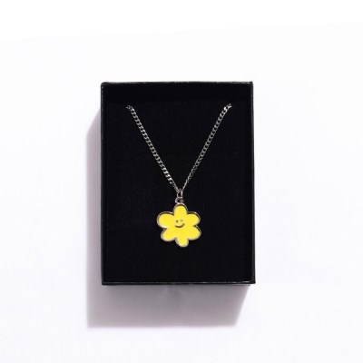 [EZwithPIECE] DAISY NECKLACE (YELLOW)_(401264814)