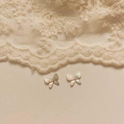 [봄밤달] 빈티지무드 나비 귀걸이 (은침)