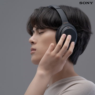 소니 WH-1000XM4 노이즈 캔슬링 벗지않은 헤드폰 / 블랙