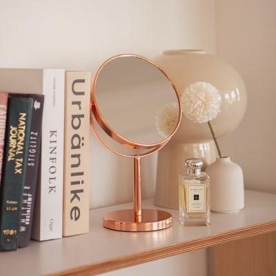 로즈골드 360도 회전 탁상용 양면 원형 거울 스탠드 화_(1440533)