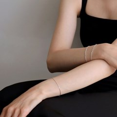 silver thin snake chain bracelet
