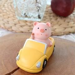 핑크 돼지 자동차
