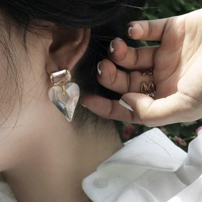 하트 큐빅 연예인 여자 귀걸이추천