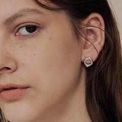 miz earring