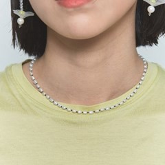 Fresh-water rice pearl knot necklace