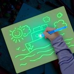 유아 매직보드 빛으로 그리는 신기한 매직보드 A3 A4