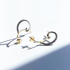 925 silver [18k gold+white gold 콤비컬러] 하프라인 커브 이어링