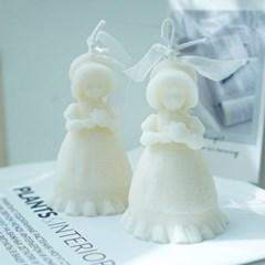 꽃을 든 소녀캔들오브제 인테리어소품 소소한선물