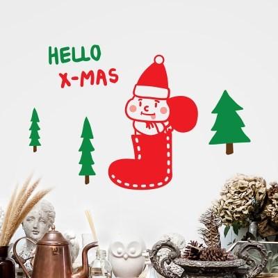 양말속 선물꾸러미를 든 귀여운 산타 겨울 인테리어 스티커