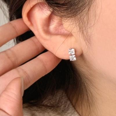 [당일배송] 심플한 스퀘어 큐빅 은침 결혼식 귀걸이