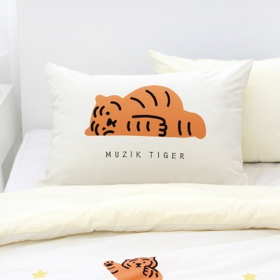 무직타이거 누워있는 뚱랑이 베개커버 (아이보리)