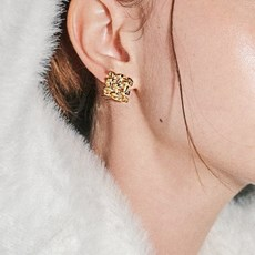 chex earring