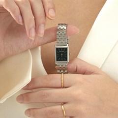 감성적인 빈티지 디자인의 마르코시에나 시계