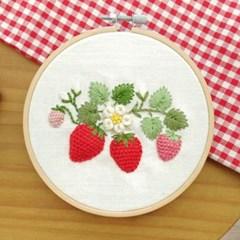 치즈달의 딸기통통 프랑스자수