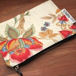 classic flower pouch