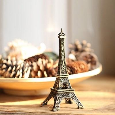 내 책상 위의작은 소품 에펠탑
