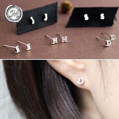실버 이니셜 귀걸이 silver initial earring(A~Z선택)