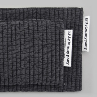 quilting gray pouch