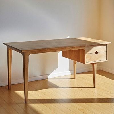 urbanworks basic oak desk