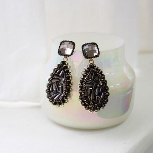 [vintage] noir earring