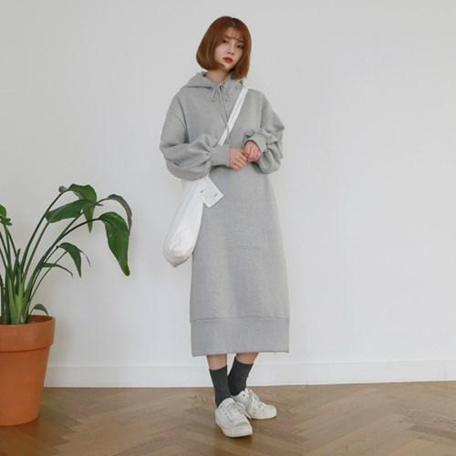 [MONDAY STUDIO] Daily hood long one-piece
