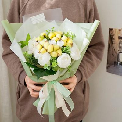 노오란 목화와 라넌큘러스 꽃다발_(555354)