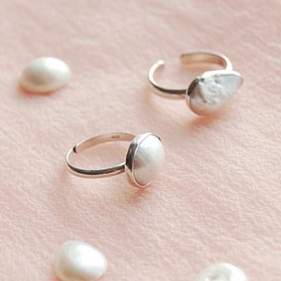 [하우즈쉬나우] Cream Moon 천연 바로크 진주 Ring (6월 탄생석)