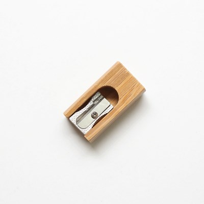 대나무 연필깎이