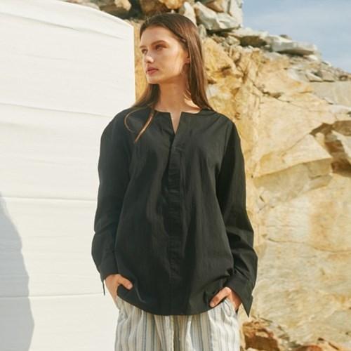 ROUND V-NECK SHIRTS BLACK