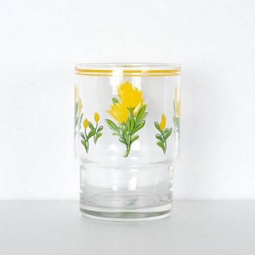 옐로우 튤립 컵