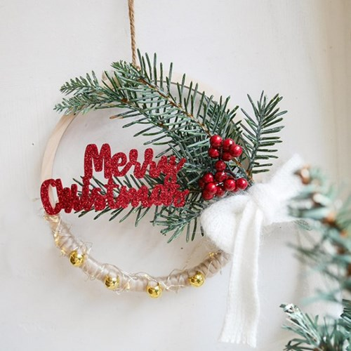 크리스마스 베리 리스 + 전구