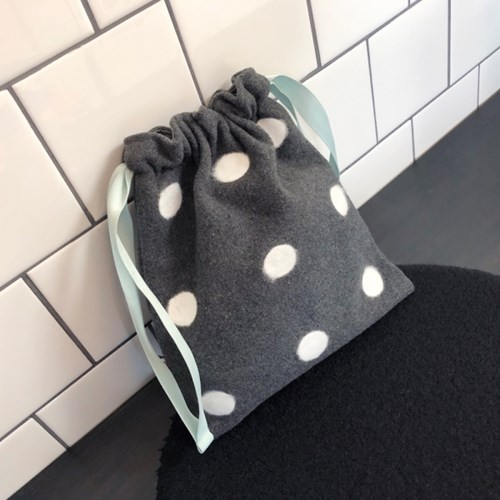 도트파우치 Dot pouch - Gray / Black