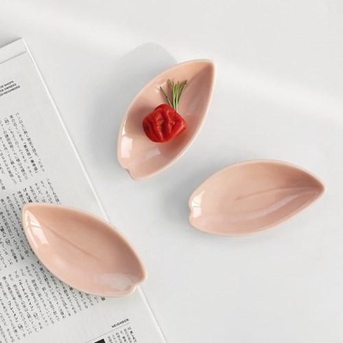 일본 카사노하(kasanoha) 벚꽃잎 플레이트 1P