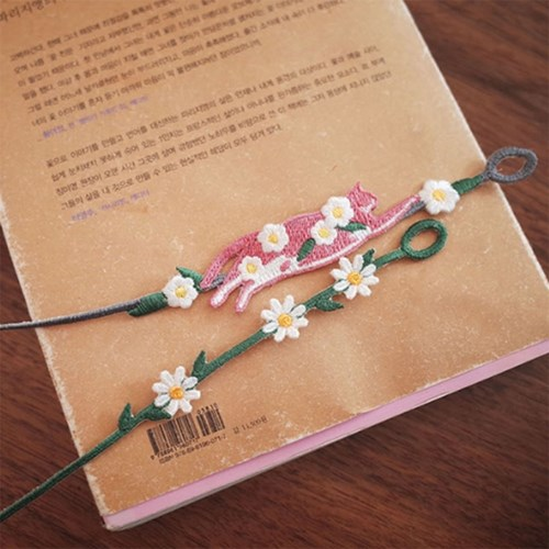 허전한 손목 꾸미기 - 봄에는 꽃보다이요정/청순한 데이지 자수팔찌