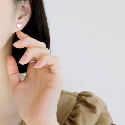 (92.5 silver) heart earring