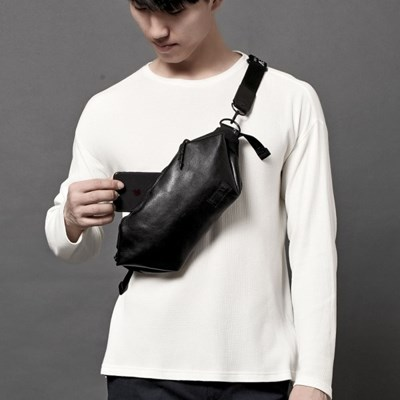 RE-SWING SLING BAG