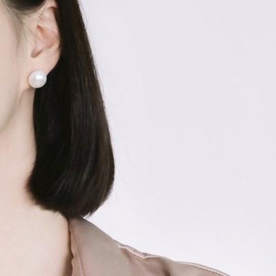 (92.5 silver) classy pearl earring