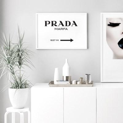 프라다 타이포그래피 패션 포스터 인테리어 그림 액자