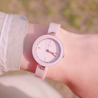 러블리 딸기우유 메탈 뱅글시계 OTW916512TPP