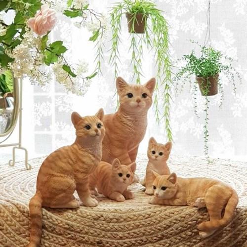 고양이 패밀리 장식인형