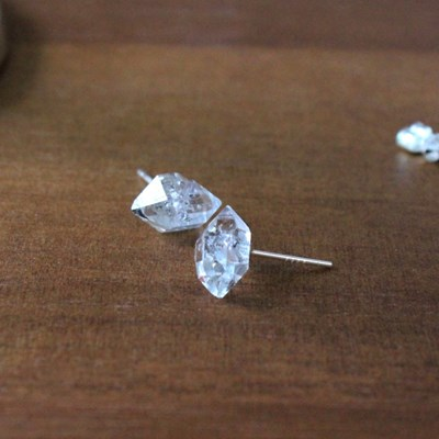 천연 하키마 다이아몬드 볼 귀걸이