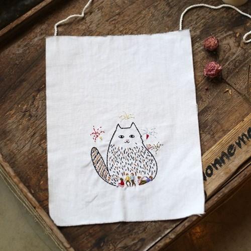 걸리버 고양이 자수 가랜드 DIY KIT by 이상한 나라의 고양이